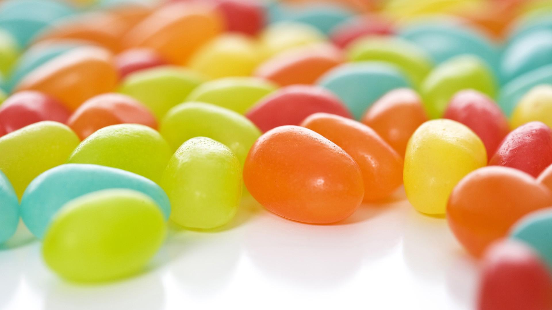 تولید شکلات رنگی